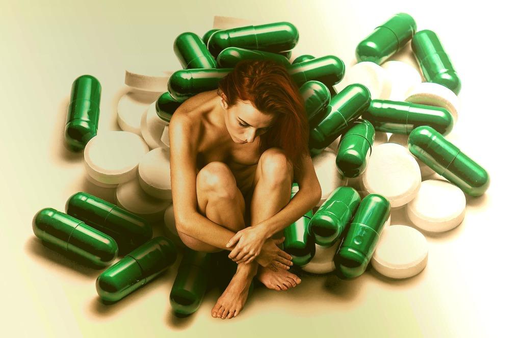 medicines-1756239_1920